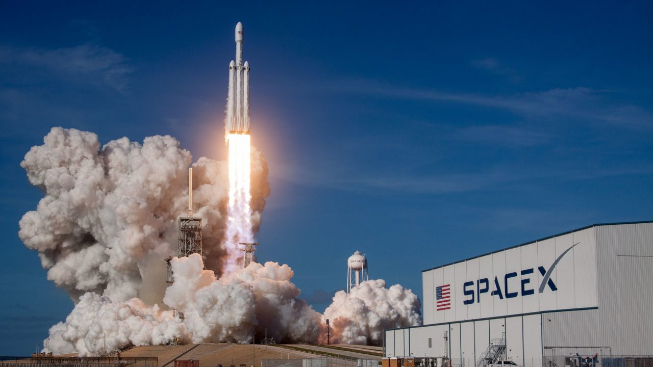Launch of SpaceX Falcon Heavy